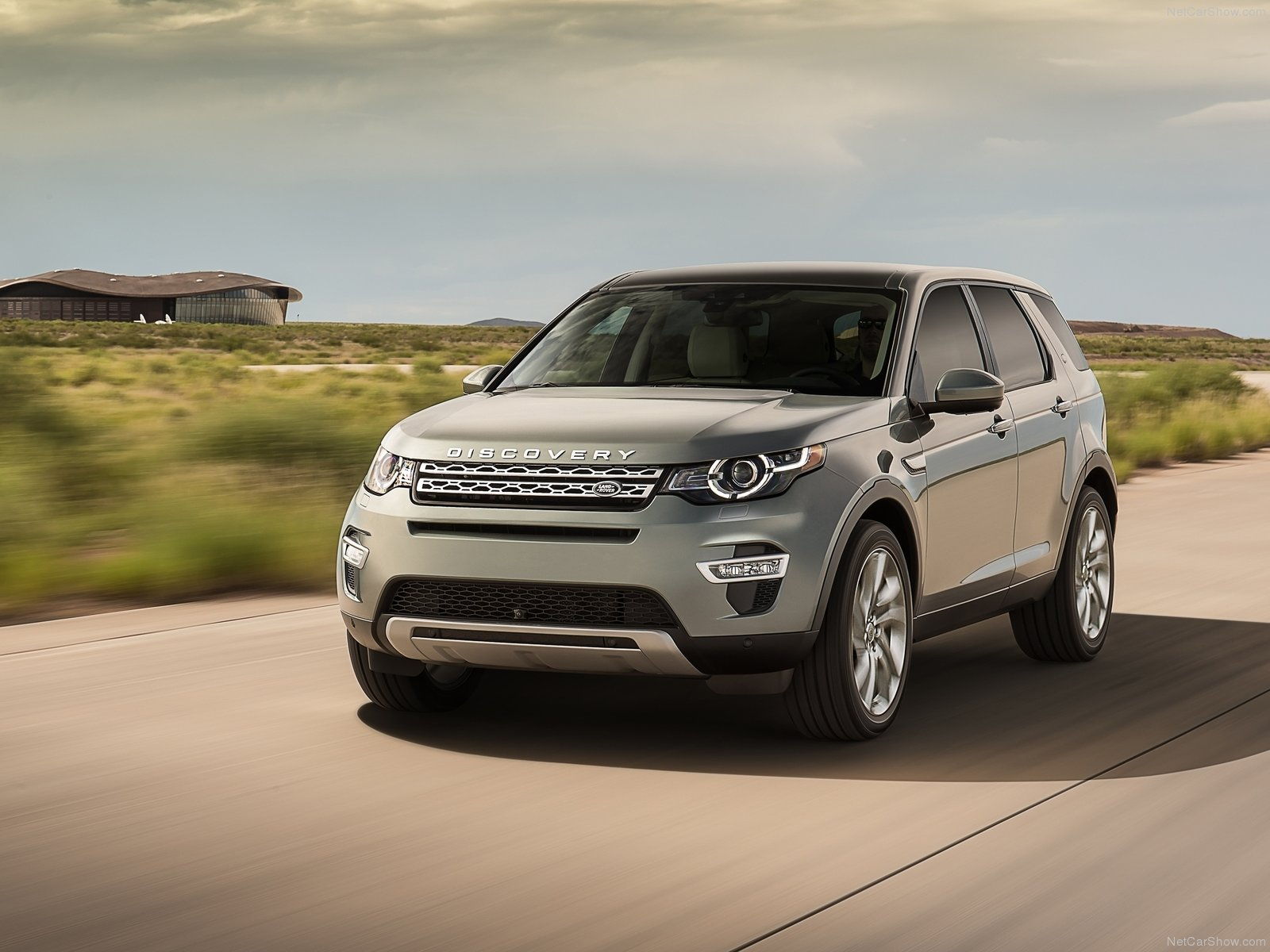 Land Rover Discovery Sport photos Gallery Page 4
