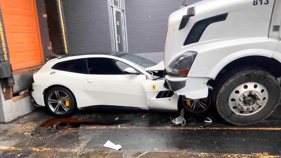 Angry Trucker Drives Over His Boss Ferrari Gtc4lusso In Chicago