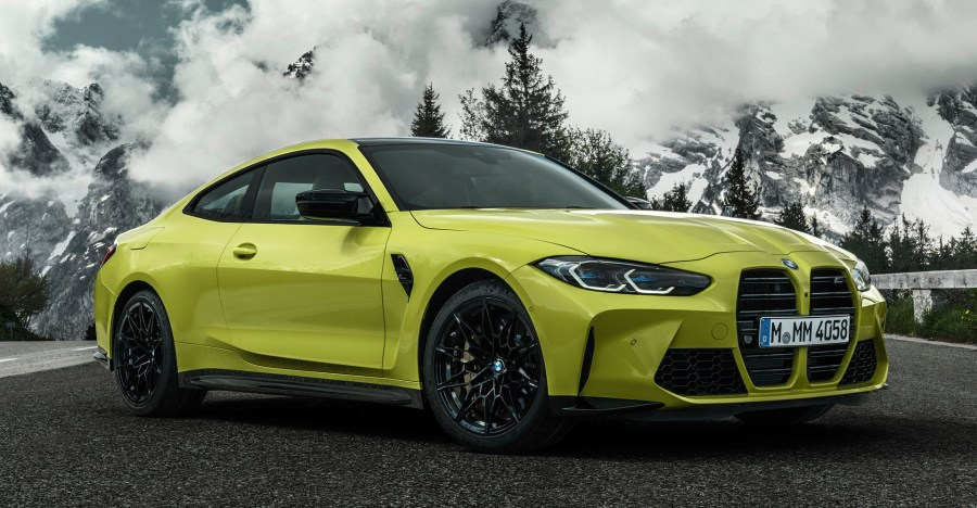 See How The Old And New BMW M3 Sedan And M4 Compare ...