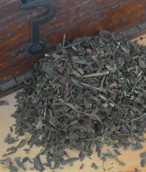 Peppermint cut tea