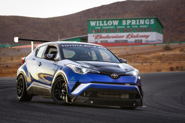 c-hr.r-tuned.racetrack.hires_.15