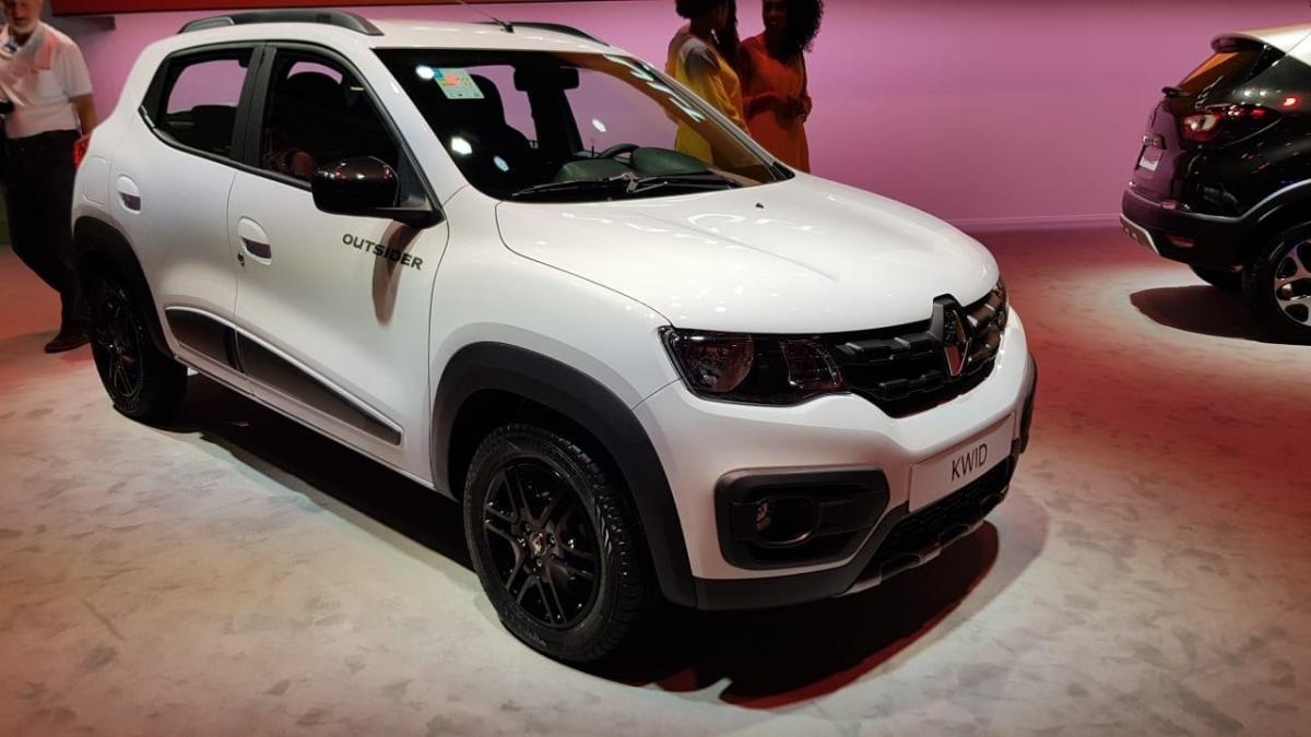 Renault Showcased the Kwid Outsider at 2018 Sao Paulo Motor Show
