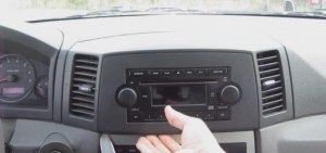 How to Remove a 20022007 Jeep Grand Cherokee Stereo  Car Stereo FAQs