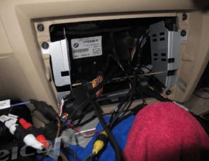 Install a 20052012 BMW 3 Series E90 E91 E92 E93 radio with professional installation