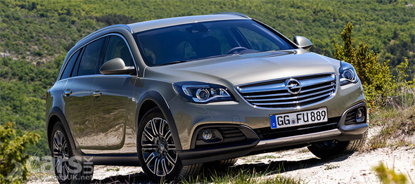 Photo of Vauxhall Insignia Country Tourer