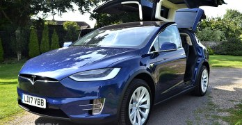 Tesla Model X 100D Review (2017) – Tesla's first SUV tested