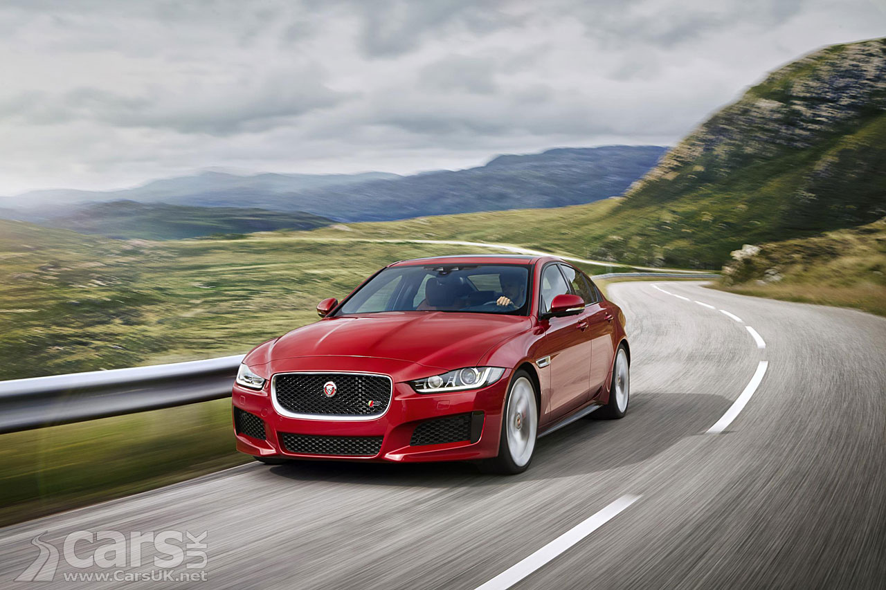 Jaguar 300 Sport Edition revealed in ice race