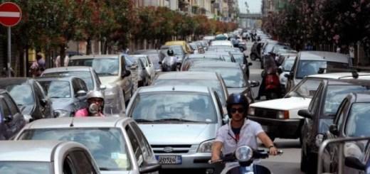 Bari-Traffico-nel-centro-urbano-e1360517518321