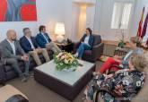 Reunión de Ana Belén Castejón y Noelia Arroyo con el presidente de COEC