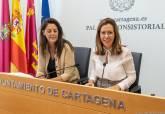Ana Belén Castejón y Esperanza Nieto, en la presentación de los presupuestos municipales de 2019