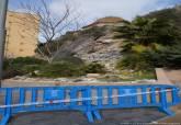 Desprendimiento de rocas en la calle Gisbert, en las proximidades del antiguo pabellón de autopsias
