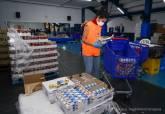 Centro logístico municipal de emergencias donde se preparan los kits de alimentos e higiene para familias necesitadas