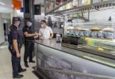 La Policía Local informa en bares y cafeterías de las nuevas normas anti Covid