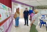Entrega de premios del concurso de dibujo 'Por un barrio limpio'
