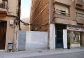 Solar de la calle del Dique en el que se construirá próximamente un edificio de cuatro plantas