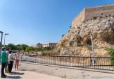 La vicealcaldesa visita la finalización de la limpieza y consolidación de los lienzos del Fuerte de Despeñaperros