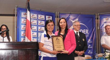 María José Segura recibe reconocimiento del ICODER