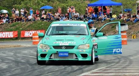 Mario Brenes, piloto de Drifting: «El miedo se vence con el banderazo de salida»