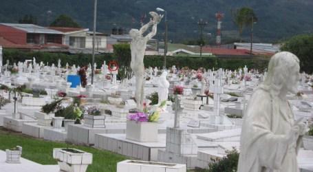 Tour lo invita a conocer la historia de los Cementerios de Cartago