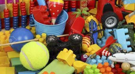 Turrialba se une para recolectar víveres y juguetes