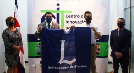 Empresa caratginesa obtiene certificación como libre de efectivo