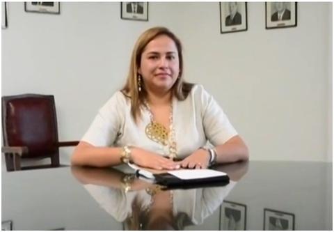 2 Claudia Cecilia Carmona Gerente Hospital Cartago