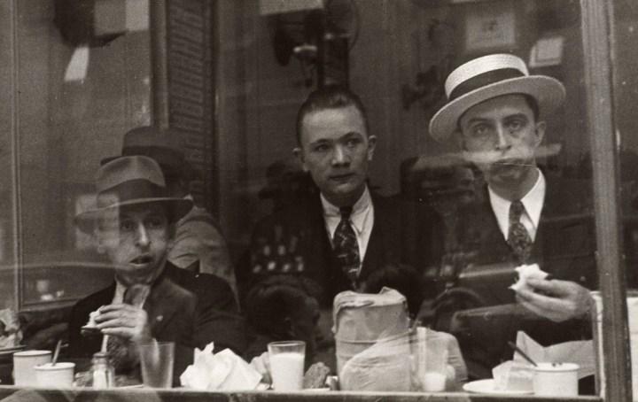walker-evans-city-lunch-counter-new-york-1929