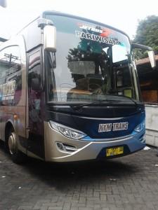 Bus KYM Trans