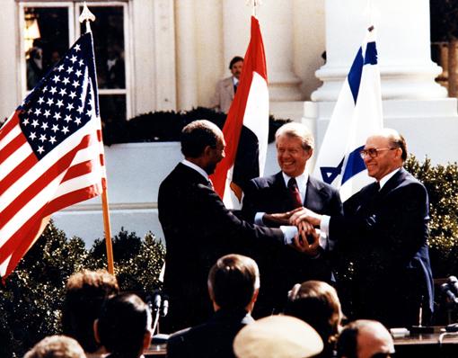 Садат, Картър и Бегин. Тази среща коства живота на египетския лидер.