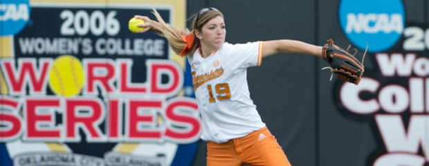 Tennessee softball rallies past Ole Miss