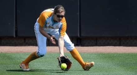 Lady Vols softball rally falls short in SEC tournament