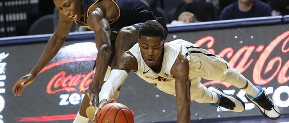 Bucs lose OT heartbreaker to Chattanooga, 74-71
