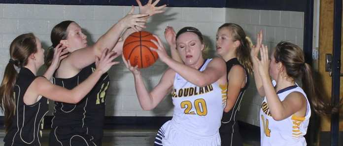 Cloudland rolls past KACHEA