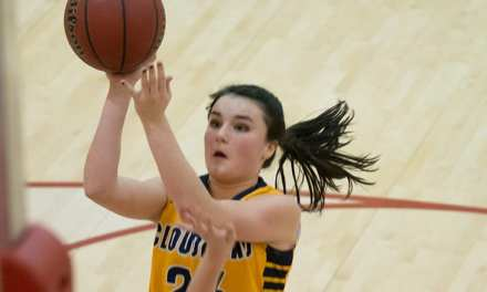 Lady 'Landers unable to keep pace with South Greene