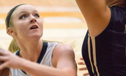 Lady 'Landers fall late in District 1-A play