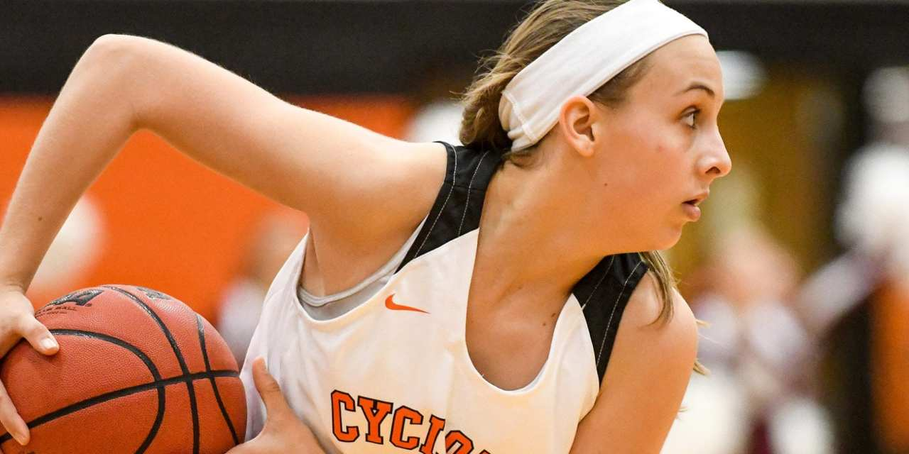 Cyclones, Lady Cyclones drop Three Rivers Clash with Unicoi