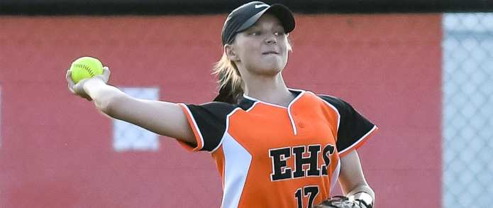 Lady Cyclones fall on walkoff at Science Hill