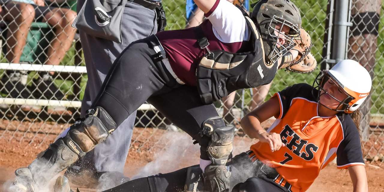 Photo Gallery: Lady Cyclones go perfect in District play with thrilling win over HV
