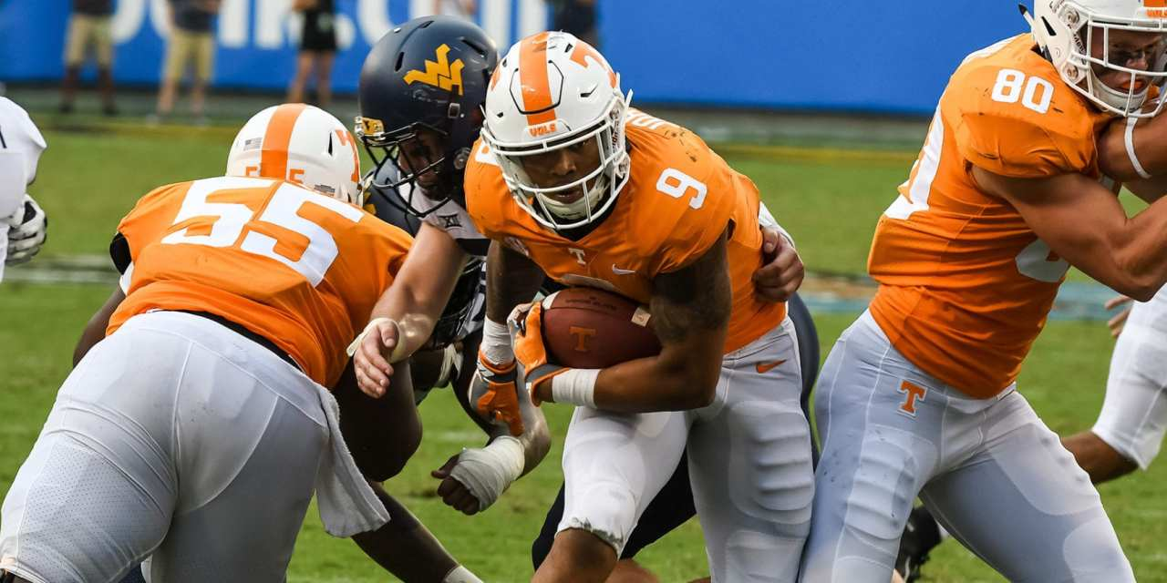 Photo Gallery: Vols drop opener to West Virginia