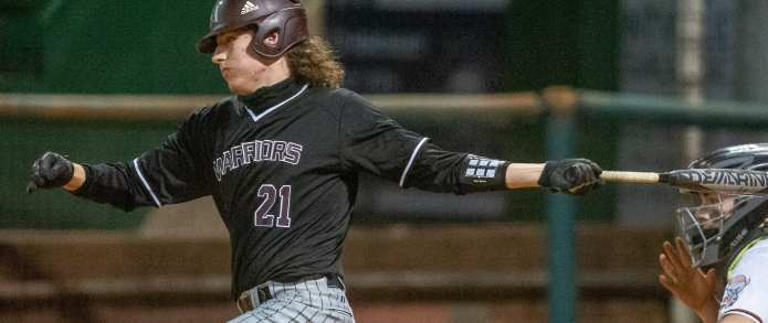 Monday Round-up: Warriors, Cyclones Roll To Wins