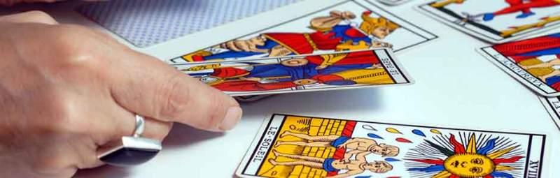 leggere le carte da cartomante