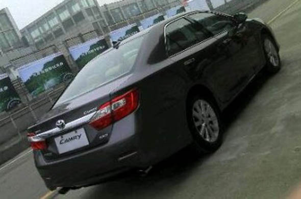 toyota camry rear facelift
