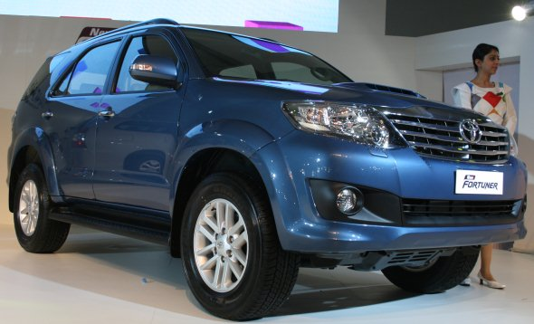 new toyota fortuner photo gallery