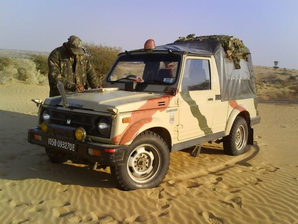 maruti gypsy army photo