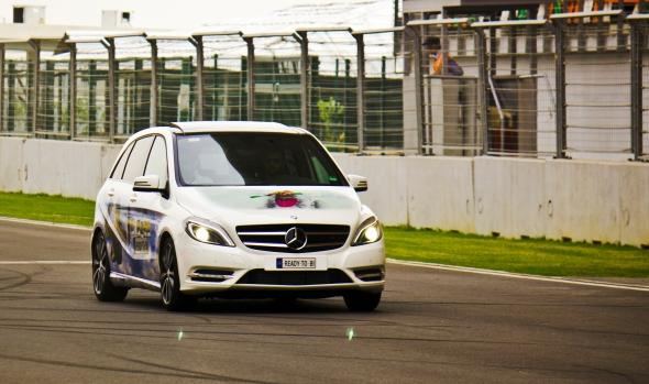 Mercedes B-Class-photo-track-1