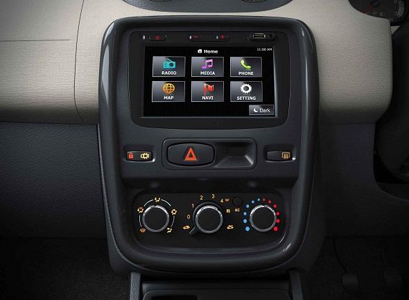 Renault Duster Gets Media Nav Touchscreen System Option