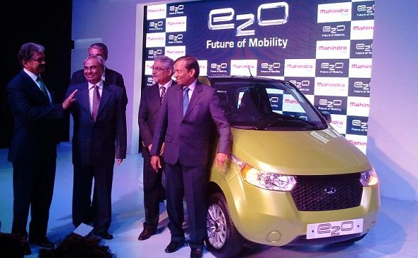 mahindra e2o launch photo