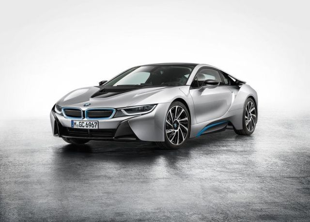 2015 BMW i8 Hybrid Super Car 11
