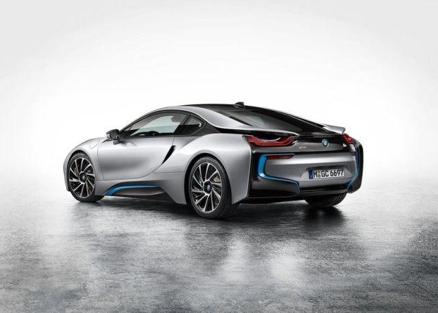 2015 BMW i8 Hybrid Super Car 12