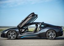 2015 BMW i8 Hybrid Super Car 3